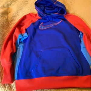 Nike hoodie thermafit Kids XL women small